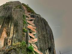 Piedra del Peol o Pen de Guatap (stibcasa) Tags: paisajes sol del agua colombia o lugares medelln antioquia piedra peon peol guatap tursticos