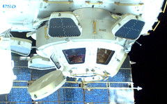 You take a picture of me, I take a picture of you! (3/3) (astro_paolo) Tags: nasa cupola iss esa spacewalk internationalspacestation europeanspaceagency expedition26 sts133 magisstra