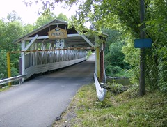 Pont Percy Bridge (trumpeterny) Tags: auto bridge canada river wooden arch quebec south first canadian southern le covered valley powerscourt coveredbridge pont elgin qc trusses percy concession truss chateauguay mccallum lepont athelstan valee hinchinbrooke athelston percybridge danielmccallum qeubecois mccallumtruss lepontpercy