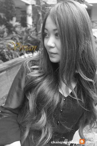 Vivian Monochrome