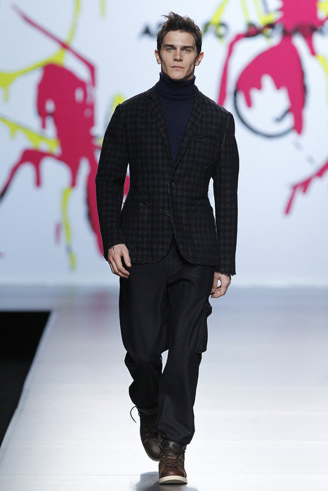 Vincent Lacrocq3069_FW11_Madrid_Adolfo Dominguez(famg)
