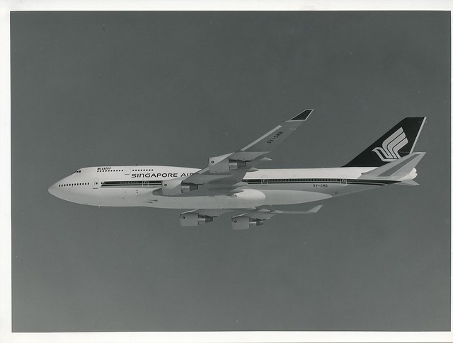 singapore_airlines_jet