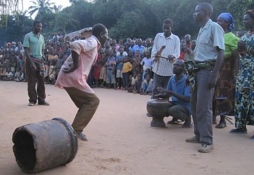 dancers at Kahodi