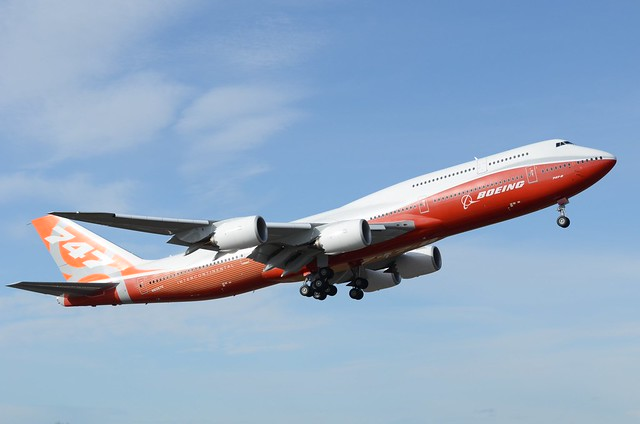 Photo of Note: 747-8 Intercontinental is airborne!
