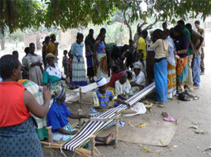 Traditional Weaving at Tisunge!