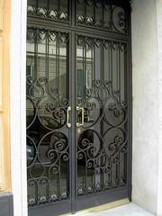 portone in ferro - con pannello anteriore lavorato  (9)-s (tibieffe fabbro) Tags: smith genoa genova artigiano ferro ferrobattuto arredo ferroniere fabbro