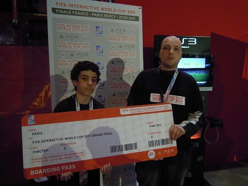 Julien et Anas avant leur finale retransmise sur les e¦ücrans de Bercy