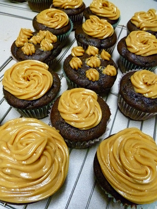 03 March 29 - Chocolate Cupcakes with Peanut Butter Icing (4)