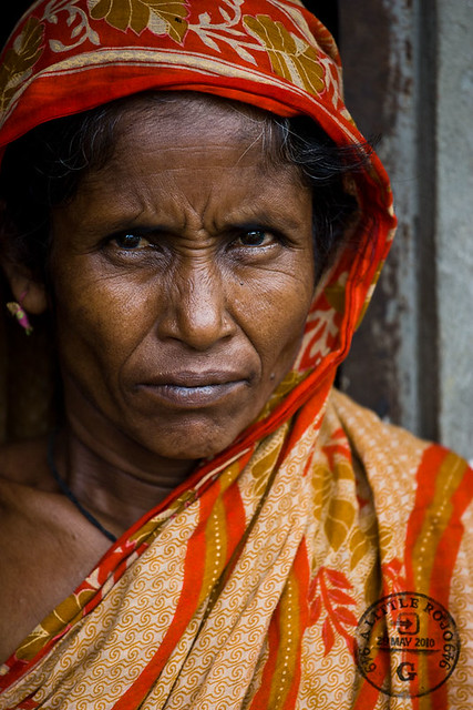Portrait of a woman in Bangladesh.