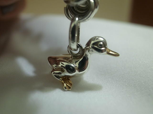 Links charm bracelet
