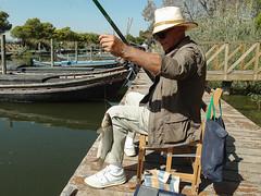 El pescador y el pescado. (J.G.Sansano) Tags: pesca pescar pescador pescaconcaa pescado pantalan puertodecatarroja xz1