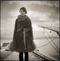 Anja I (Andreas Ulvo) Tags: portrait backlight boat ship hasselblad 125 plusx px125