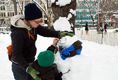 Mike's First Snowman - Union Square (Rachel Citron) Tags: nyc newyorkcity winter snow kids youth children fun bloomberg snowman downtown manhattan streetphotography frosty unionsquare blizzard snowday streetshot ps41 nikond40x mikesfirstsnowman