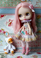 Yuki Kuma meets nameless Girl