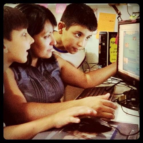 Jogando #caraacara no Facebook :-) - um prêmio pro criador deste social game!