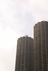 DSC00327 (hellothomas) Tags: chicago concrete illinois marinacity bertrandgoldberg