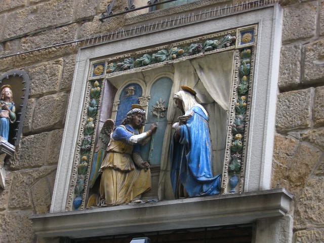フィレンツェの外壁のフリー写真素材