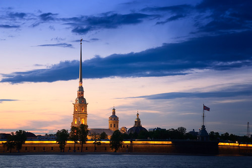 St Petersburg at dusk 04