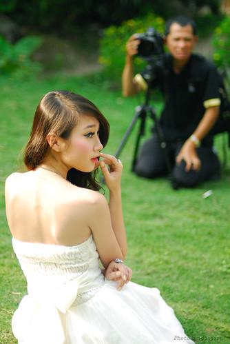 P-Nguyen: Nhìn về hướng này mẫu ơi