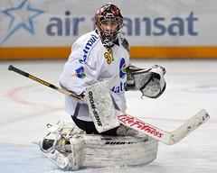 DSC_0161Finale coupe de France Paris Bercy (schumitheboss) Tags: hockey plaque rouen sur crosse maillot glace casque patins gardien mitaine jambire