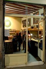 La Cerveteca (ciutatvella) Tags: barcelona cerveseria cervesa barrigtic ciutatvella