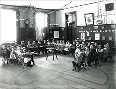 classroom, retrieved from http://www.flickr.com/photos/keenepubliclibrary/5446395340/sizes/s/in/photostream/ on 4/5/11