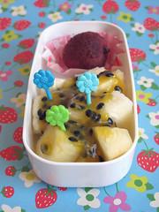 Ananas con sciroppo al frutto della passione (lato dolce)