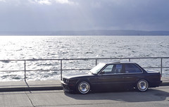alki e30 (Stephen Sayer) Tags: black silhouette low bmw schwarz e30 impul r3v fitment scwarz r3vlimited stanceworks
