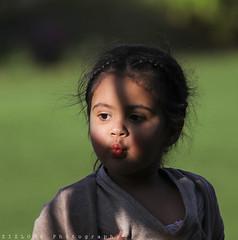 flying kiss ? (ZiZLoSs) Tags: canon eos 7d usm khaled dara aziz abdulaziz عبدالعزيز f56l ef400mmf56lusm 365daysproject zizloss المنيع ef400mm 3aziz canoneos7d almanie alsharaf abdulazizalmanie httpzizlosscom
