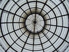 Galeria Vittorio Emanuele II. Miln. (AntoniAna.) Tags: lighting italy white milan glass iron italia gallery galeria dome unretouched cristal miln hierro