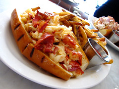 Neptune Oyster - 2.12.11 (foodforfel) Tags: boston bread butter fries shellfish lobster seafood roll lobsterroll neptuneoyster