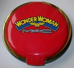 MAC Wonder Woman Pink Power MSF