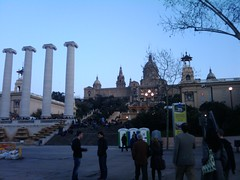 03/04/2011: Walking to the race expo at the Plaça d'Espanya