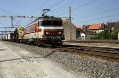 15054  Maizieres  08.06.93 (w. + h. brutzer) Tags: france analog train nikon frankreich eisenbahn railway zug trains locomotive sncf lokomotive 15000 elok eisenbahnen eloks maizieres webru