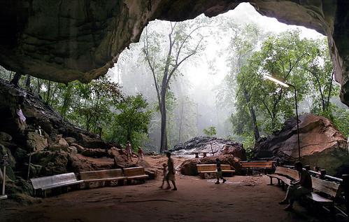 Cave at Wat Suwan Kuha