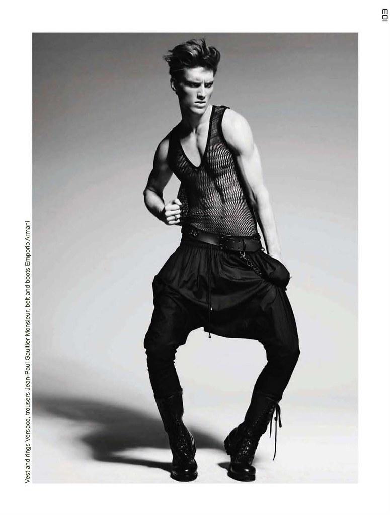 Gordon Bothe0162_Collezioni Uomo SS11_Ph Mario Gomez(Homme Model)