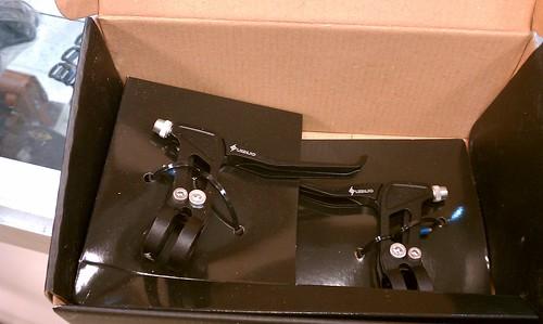 Origin8 Pro Force Ultralight V-Brake Lever Set at Flying Pigeon LA bike shop
