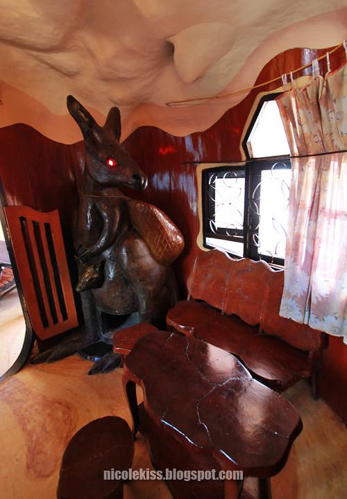 kangaroo room