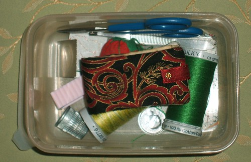 Small needle case for quilting betweens