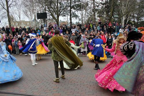 dancing royals