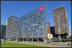 2011-03-19 Rotterdam - Rijngebouw - 1 (Topaas) Tags: rotterdam kopvanzuid zadkine posthumalaan rijngebouw