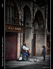 Paseando por: Burgos ( Sus calles y gentes. ) (Roberto Fraile) Tags: street music luz calle spain nikon musica roberto burgos iluminacion castillaylen wow1 musico robado 100commentgroup 18105mmvr mygearandme mygearandmepremium robertofraile paseandopor mygearandmebronze mygearandmesilver mygearandmegold mygearandmeplatinum galleryoffantasticshots flickrstruereflection1 flickrstruereflection2 flickrstruereflection3 flickrstruereflection4 artistoftheyearlevel7 aboveandbeyondlevel3 rememberthatmomentlevel4 rememberthatmomentlevel1 flickrsfinestimages1 flickrsfinestimages2 rememberthatmomentlevel2 rememberthatmomentlevel3 rememberthatmomentlevel7 rememberthatmomentlevel9 rememberthatmomentlevel5 rememberthatmomentlevel6 rememberthatmomentlevel8
