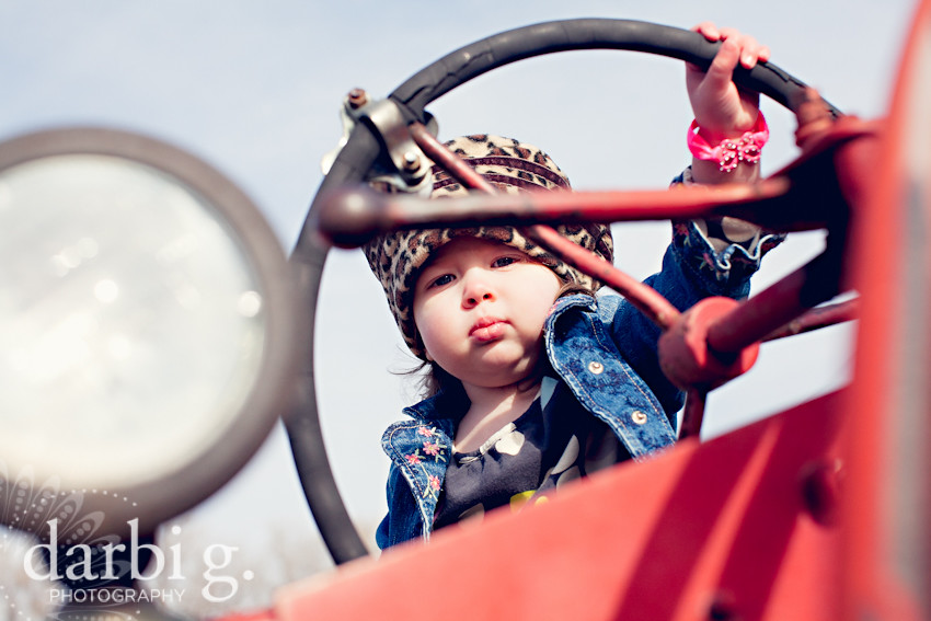 DarbiGPhotography-kansas city child photographer-C-22-111