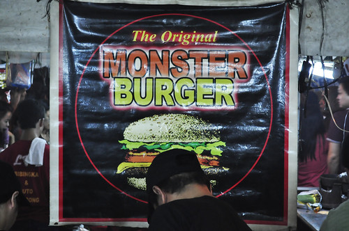 monster burger at banchetto
