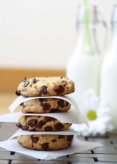 Cookies de huevo cocido/ Hard boiled eggs cookies (SandeeA Cocina) Tags: recipe cookie chocolate chocolatechips hardboiledeggs receta galleta huevoscocidos chipsdechocolate sandeea larecetadelafelicidad