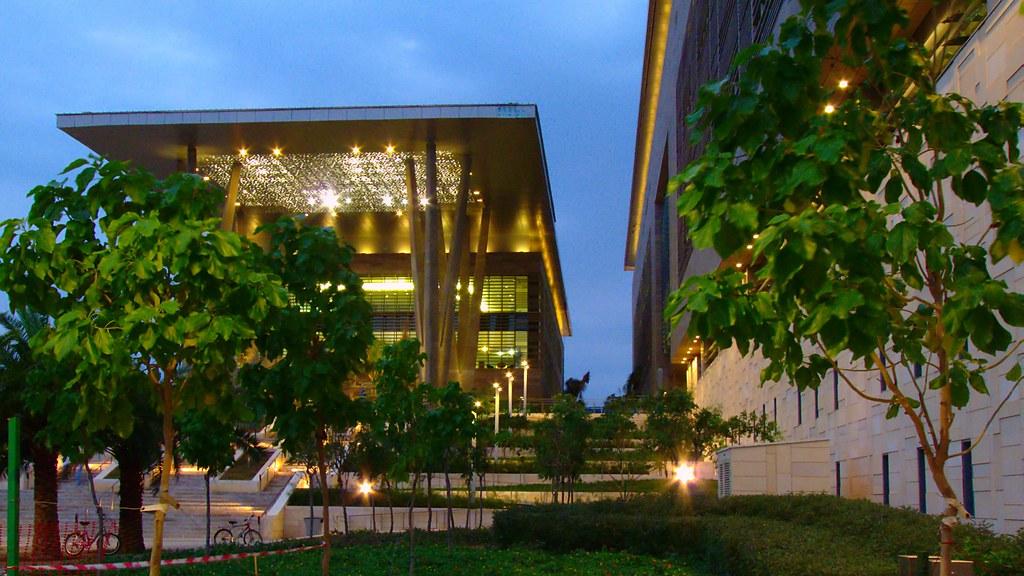 جامعة الملك عبدالله من الداخل و الخارج بالصور