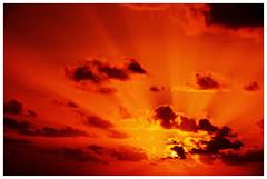 energy beams [explore] (micagoto) Tags: light sunset topf25 clouds topv333 topv777 sunbeams lagomera vallegranrey argayall d7000