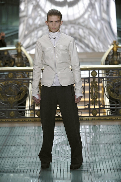 Timothy Kelleher3011_FW11_Paris_Wooyoungmi(Simply Male Models)