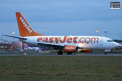 G-EZKE - 32426 - Eastjet - Boeing 737-73V - Luton - 110127 - Steven Gray - IMG_8571