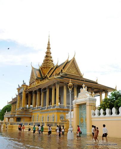 Asia's Monarchies_Cambodia5